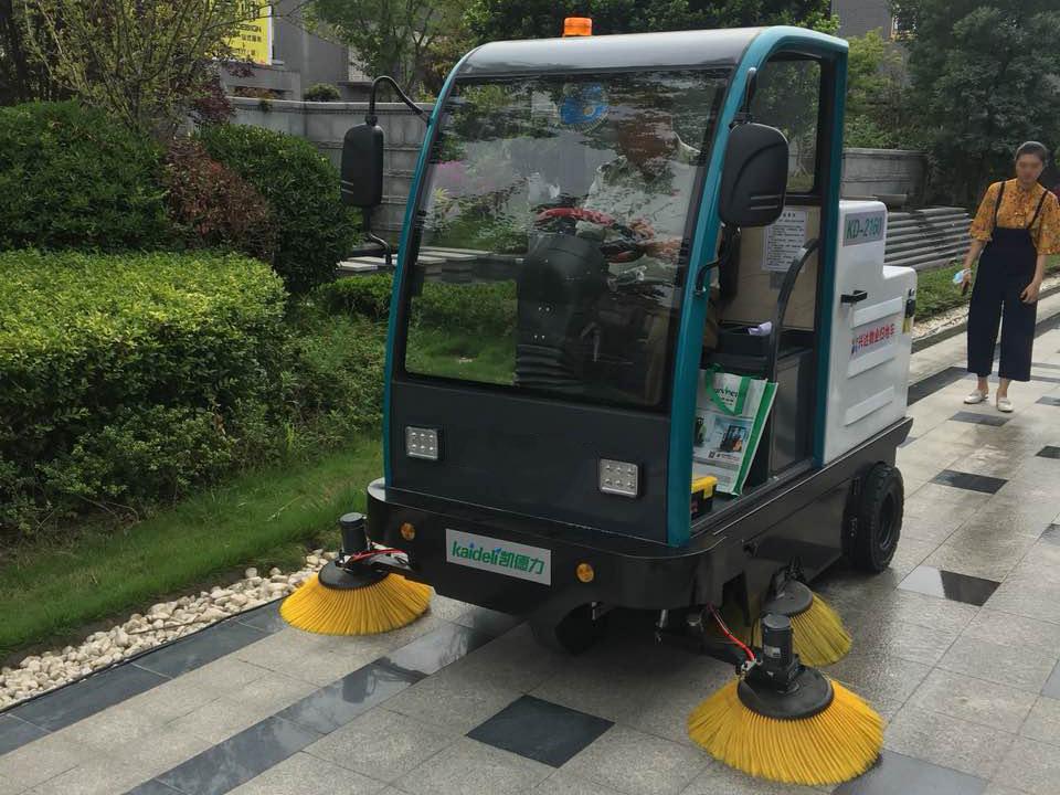 电动扫地车洒水故障原因解析